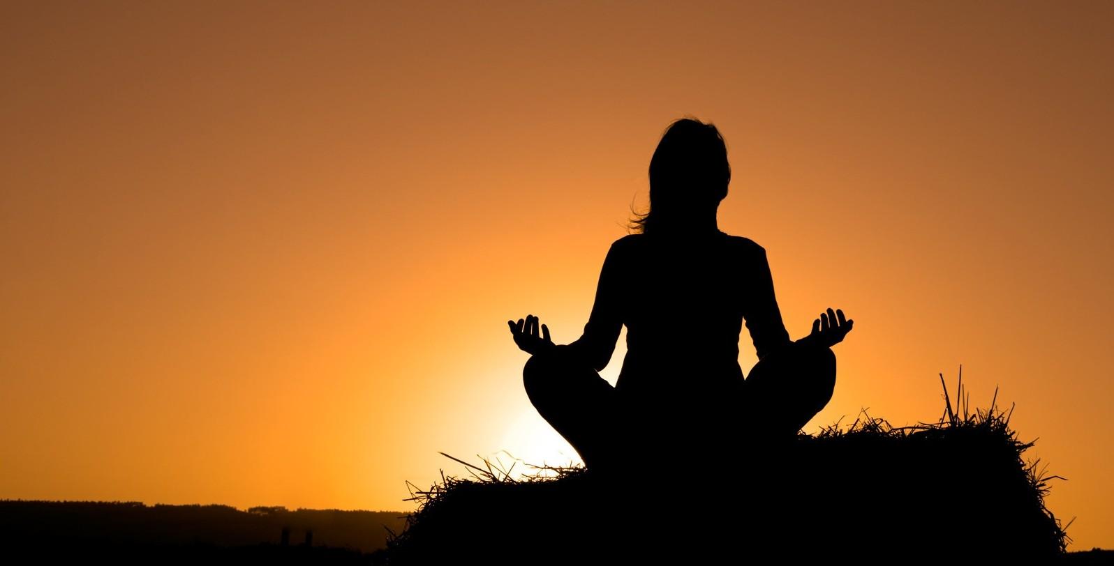 meditating-silhouette-e1448228974830